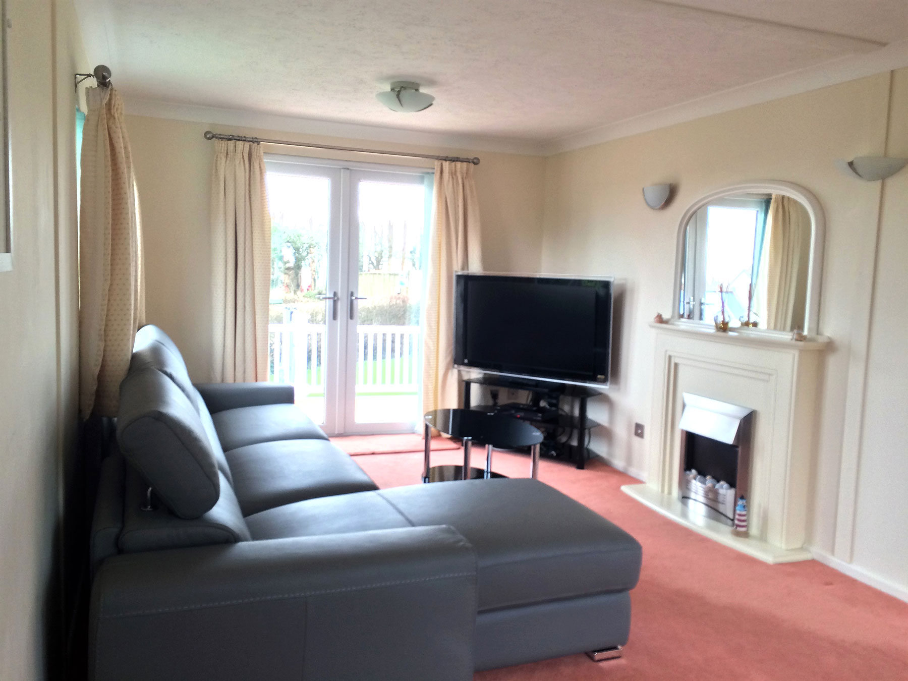 Deluxe 3 Bedroom Lodge In Cornwall